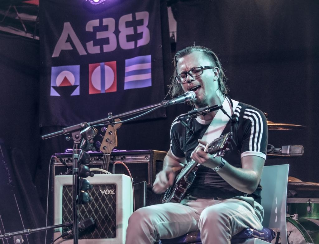 Teddy Harpo One Man Band A38